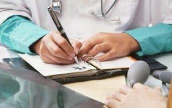 Cum se calculeaza subventia de la AJOFM in lunile in care salariatul este in concediu medical?